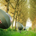 Teardrop-Shaped Tents let you Spend a Night Hanging from the Trees - Tranendreef