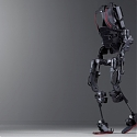 This Magic Exoskeleton for Industrial Workers is The Future - Ekso Bionics