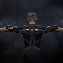 (Video) 'Comau MATE' is a Purely Mechanical Exoskeleton That Augments Human Strength