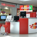 (Video) Radical Bank Branch Design Fuses Digital With Physical
