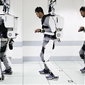(Video) Paralysed Man Moves in Mind-Reading Exoskeleton