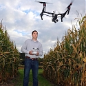 (Infographic) Drones in Agriculture : How UAVs make farming more efficient