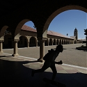 Stanford Trounces B-Schools Competitors in MBA Alumni Survey