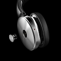 Triple Docking : Earphone, Headphones Dock Into the Speaker as One Device